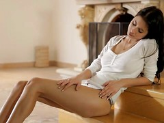 Watch horny hottie Paula fondle her full tits and then moan as she fills her eager bald pussy with her thrusting fingers