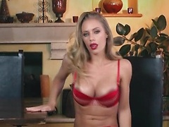 Nicole Aniston unveils her tight pink pussy
