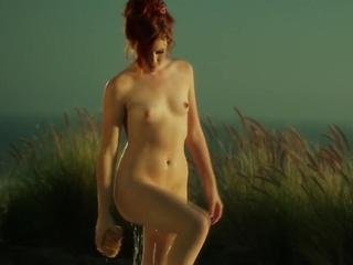 Elle - Elle Alexandra by Bo Llanberris