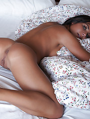 Nataly in Le lit by Erro - Erotic and nude pussy pics at GirlSoftcore.com
