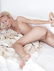 Gwyneth in Subtile by Erro - Erotic and nude pussy pics at GirlSoftcore.com