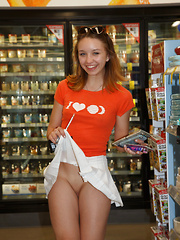 Aurora Zvezda Shops Recycled - Erotic and nude pussy pics at GirlSoftcore.com