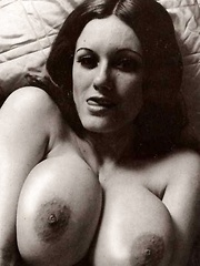 Busty natural vintage girls showing the goodies