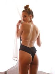 Bridgette Vaughn Yo Yo Saguaro II - Erotic and nude pussy pics at GirlSoftcore.com