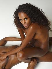 Hot ebony girl doing handjob - Erotic and nude pussy pics at GirlSoftcore.com