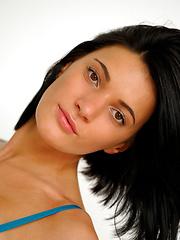 Good looking girl Yanika