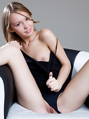 Beautiful girl Virginia Sun posing at home - Erotic and nude pussy pics at GirlSoftcore.com