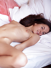 Sexy girl Altea shows her nice pussy - Erotic and nude pussy pics at GirlSoftcore.com