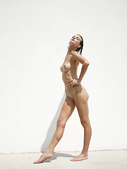Skinny lady - Erotic and nude pussy pics at GirlSoftcore.com