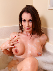 Anilos Nora Noir loves to masturbate while soaking in the tub - Erotic and nude pussy pics at GirlSoftcore.com