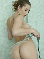 HOT SHOWER - Erotic and nude pussy pics at GirlSoftcore.com