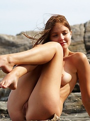 Right Here Amelie - Erotic and nude pussy pics at GirlSoftcore.com