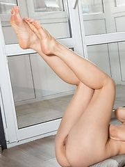 So Smooth - Erotic and nude pussy pics at GirlSoftcore.com