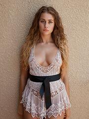 Serina Cardoni Hello Dolly - Erotic and nude pussy pics at GirlSoftcore.com
