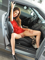 Lola the Star Trek Valentine - Erotic and nude pussy pics at GirlSoftcore.com