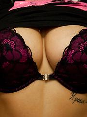 Va Va Voom - Erotic and nude pussy pics at GirlSoftcore.com