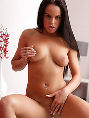 Gorgeous Rahyndee James spreads her delicious wet pussy - Erotic and nude pussy pics at GirlSoftcore.com