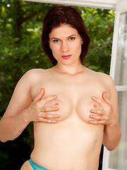 Natural beauty Brianna Green teases her cock hungry pussy - Erotic and nude pussy pics at GirlSoftcore.com