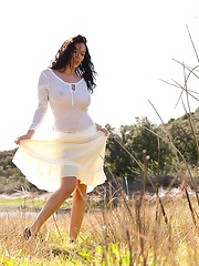 Jelena Jensen - gets naked out in nature