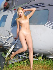 Aviator - Erotic and nude pussy pics at GirlSoftcore.com