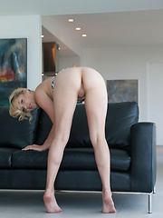 alone at home - Erotic and nude pussy pics at GirlSoftcore.com