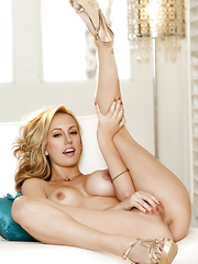 Brett Rossi starts massaging her clit - Erotic and nude pussy pics at GirlSoftcore.com