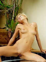 Lady in the Water - Erotic and nude pussy pics at GirlSoftcore.com