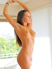 Teal Masturbating to a creamy orgasm - Erotic and nude pussy pics at GirlSoftcore.com