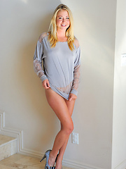 Casy fingers her pussy - Erotic and nude pussy pics at GirlSoftcore.com