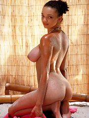 Gia Lashay - gets sandy at the beach - Erotic and nude pussy pics at GirlSoftcore.com