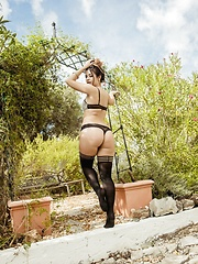 orchard - Erotic and nude pussy pics at GirlSoftcore.com