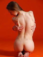 Annett A - ASKISI - Erotic and nude pussy pics at GirlSoftcore.com
