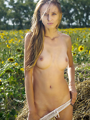 Nature only matters - Erotic and nude pussy pics at GirlSoftcore.com