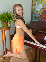 The hottest music lesson - Erotic and nude pussy pics at GirlSoftcore.com