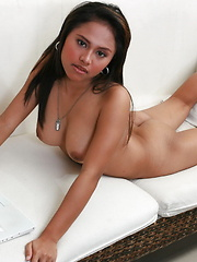 Men send me money to see my privates on my webcam - Erotic and nude pussy pics at GirlSoftcore.com