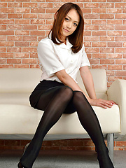 Rina Itoh Asian in office outfit has sexy legs in stockings - Erotic and nude pussy pics at GirlSoftcore.com