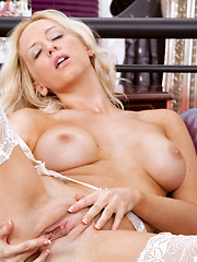Samantha Alexandra pleasures her slippery clam - Erotic and nude pussy pics at GirlSoftcore.com