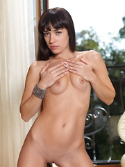 Something You Got - Erotic and nude pussy pics at GirlSoftcore.com