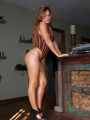 Keisha Grey Zishy Killers - Erotic and nude pussy pics at GirlSoftcore.com