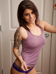 Purple Tanktop - Erotic and nude pussy pics at GirlSoftcore.com