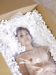Alluring skinny Iori Mizuki shows her body - Erotic and nude pussy pics at GirlSoftcore.com