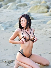 Marley At The Beach - Erotic and nude pussy pics at GirlSoftcore.com