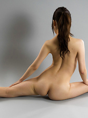 Flexible japanese babe Miku Aso - Erotic and nude pussy pics at GirlSoftcore.com