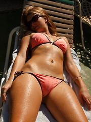 Tatiana Penskaya No Diving - Erotic and nude pussy pics at GirlSoftcore.com